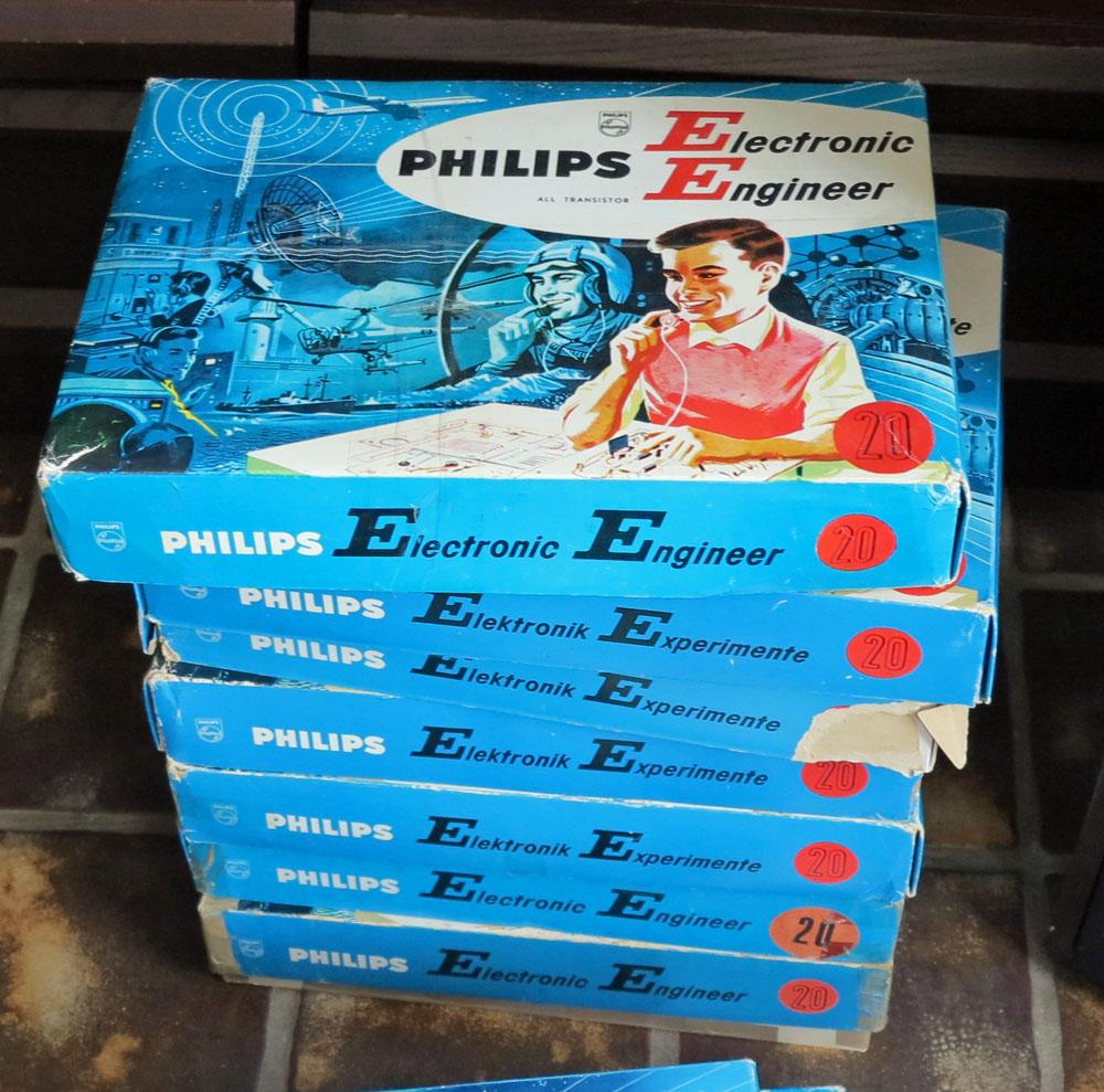 EE8 EE20 Philips